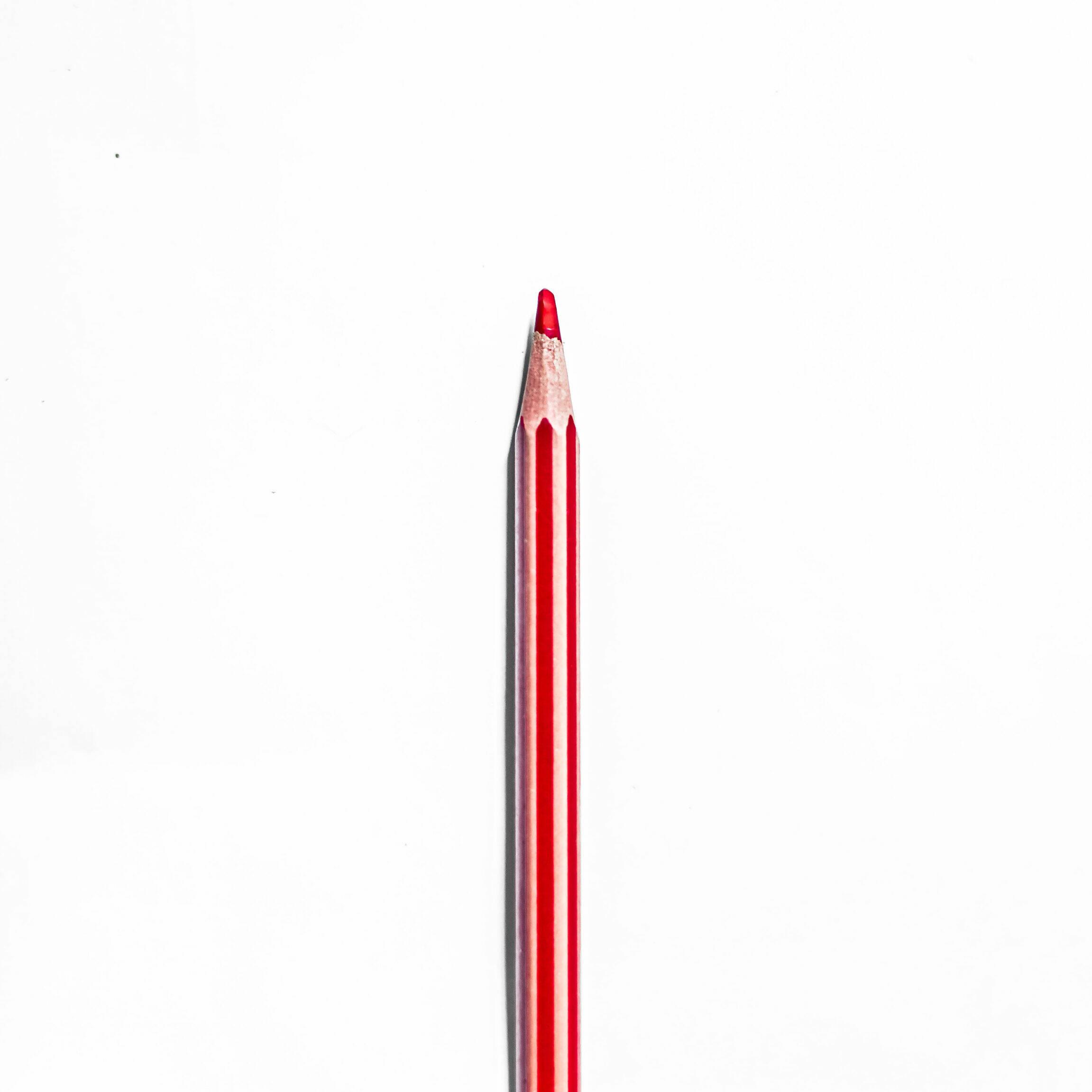Photo d'un crayon rouge