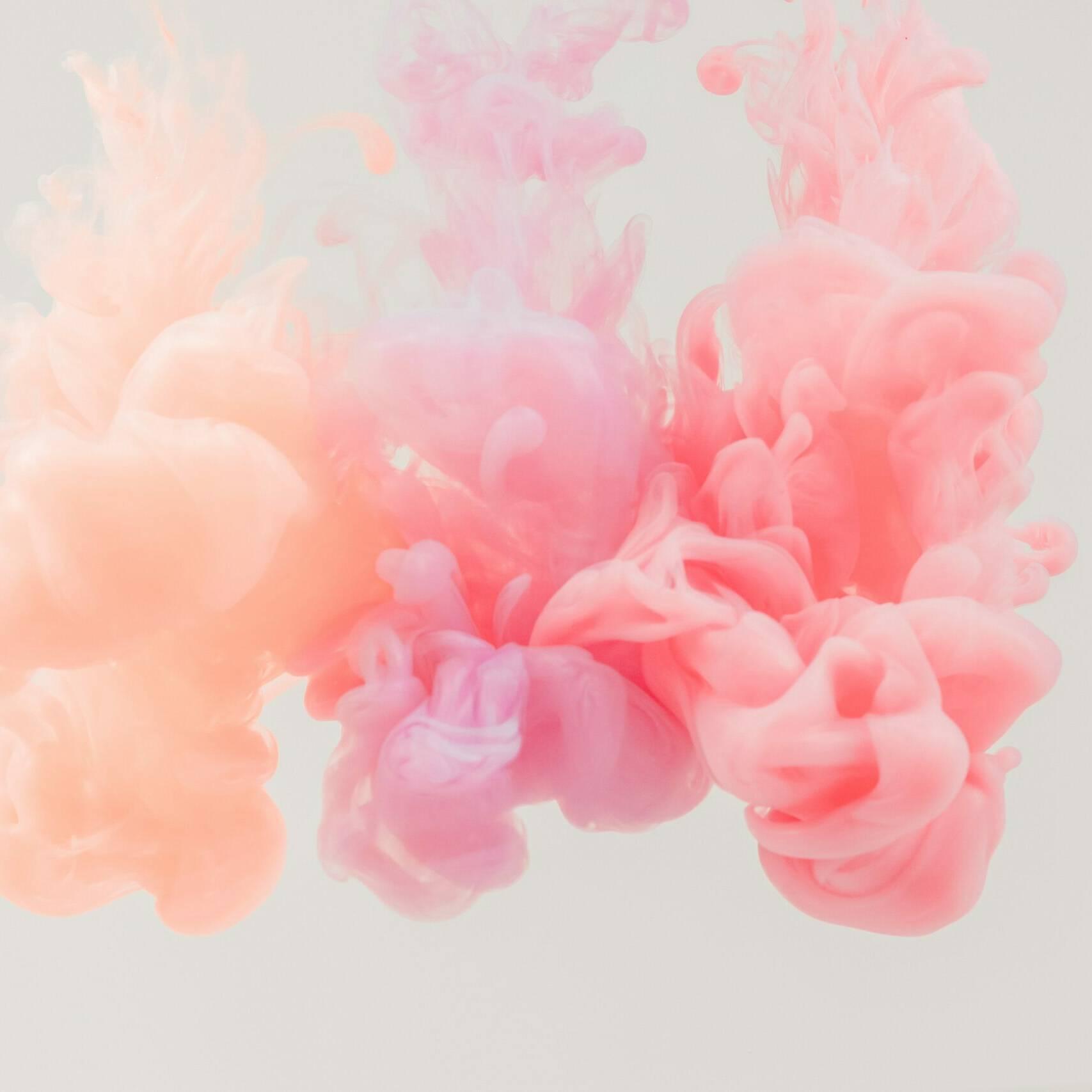Photo d'une volute de fumée multicolore